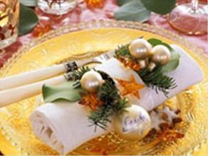Фото. Сервировка новогоднего стола. Украшение новогоднего стола. Новогодний ужин.